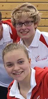 Erfolgreiches Damendoppel mit Sandra Schreiber (oben) und Charlotte Bauch