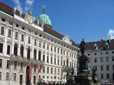 Stadtpalast der österreichischen Herrscher: die Wiener Hofburg