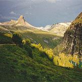 Strahlen Vals Switzerland Rauchquarz Kristalle rock hounding smokey quartz rockhounding Hämatitquarz hematite Hämatit