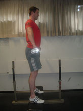 Sportfreund Markus ca. 1,85 groß bei längeren Beinen zum Oberkörper
