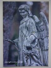 Segnender Engel Skulptur