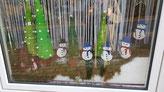 Weihnachtsdekoration im Fenster