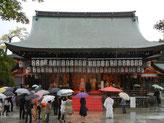 秋の京都・・・雨         八坂神社・結婚式