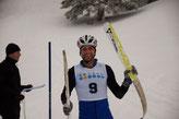 .. mit dem gebrochenen Ski