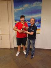 Andrea Zangla premiato dal presidente Battaglia