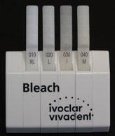 Spezielle Farbskala für aufgehellte Zähne