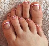 Fußbehandlung, Fußpflege in Lünen, Gelfüße, weiße Linie, French Füße