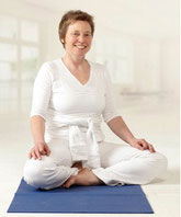 Leitung der Yogaschule Yogalehrerin Gudrun Pistono