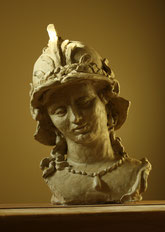 Minerva in Pearls, sculpture by Sarah Myers