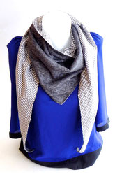 Foulard triangle graphique gris mixte | Une Embellie