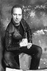Simon Giese - Guitar, Backing Vocals