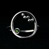 Bague faite main en argent 925 avec zirconium vert péridot