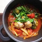 いわし団子のトマト鍋