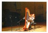 Harfenistin Anne-Sophie Bertrand; Foto: Max Beckschäfer