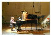Pianistin Eva Schieferstein; Foto: Max Beckschäfer