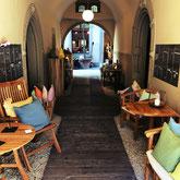 Bei Bent Sørensen kommen Scandi-Fans voll auf ihre Kosten. Hochwertiges und geschmackvolles Einrichtungshaus.