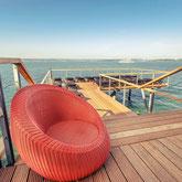 Die Therme Meersburg liegt direkt am Bodensee und läd zum Entspannen ein. Es gibt einen schönen Bade- und Saunebereich der innen und außen angelegt ist.