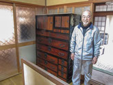 大垣市より修理依頼の時代箪笥を納品してきました。満足して頂けました。