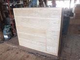 胴縁、棚板に新しい木を貼り作った前板を仕込み入れました。