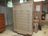 岐阜市より修理依頼の桐たんすの全ての工程が終わり完成しました。