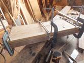 一番下の敷道を下台を作り直し底板に剥ぎ合わせています。
