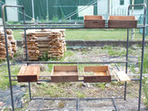 笠松町より修理依頼の水屋戸棚の引出しを洗い干しました。