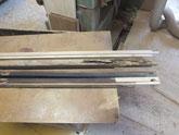 分解した水屋戸棚パーツが虫食いで作り直しと部分修理です。