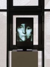 "Interna, 2014  Installation, Monitor im Querformat: ""Short Stories"" in Dauerschleife"