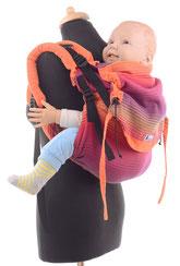 Huckepack Onbu, Babytrage mit stufenlos mitwachsendem Panel, gut gepolsterte Träger.