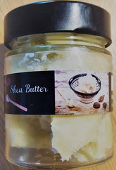 Shea Butter - unraffiniert, ein Naturprodukt aus Ghana. Abgefüllt in einem Glas mit liebvoll designetem Etikett