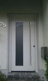 53 Haustüre in Wülfrath nachher
