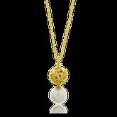Collier und Anhänger in Gelbgold mit einer Perle aus der Milchstrasse Kollektion der Goldschmiede OBSESSION Zürich und Wetzikon