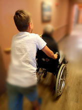 Wenn Kinder Freude an der Seniorenarbeit haben