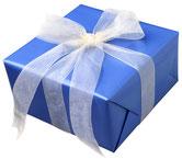 Auf Wunsch verpacken wir Ihren Einkauf als Geschenk.