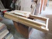 水屋戸棚上台の分解パーツを柿渋の塗れる状態まで仕上げました。