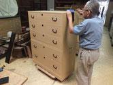 豊橋市より修理依頼の総桐箪笥重ねの金物打ちが終わり完成です。
