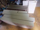各務原市より修理依頼の桐箪笥の砥の粉下塗りです。
