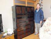 加茂郡七宗町に時代箪笥を納品してきました。依頼主は芸能人で「まろまろ」さんです。