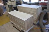 新しく貼った桐柾を鉋がけしてカルカヤをかけ木地完成です。