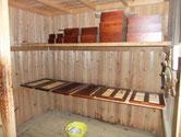 名古屋市より修理依頼の水屋戸棚の引出、引戸の漆塗りです。