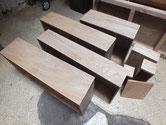 北海道より修理依頼の時代箪笥の本体、引出前部の木地調整が完了したので柿渋を塗りました。