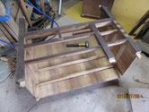 天板、下台を取り一つ一つ分解しパーツにします。