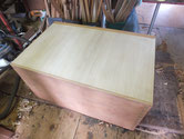 新しく作った桐裏板を木クギで打ち修理が終わりました。