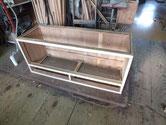 桐たんすの上置きの前面桐貼りが終わり組上げました。棚板天板は明日です。