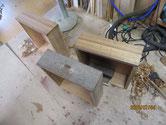 引出全面を鉋がけして桐柾貼りの準備をしました。