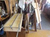 高山箪笥は引出材が非常に薄いため、壊れが多いです。ほぼ作り直しです。