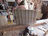 総桐箪笥製作、胴縁貼