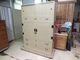 各務原市より修理依頼の夫婦桐箪笥の修理が完了しました。