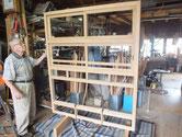 水屋戸棚のパーツを前面組立終わりました。引き戸の建付けを調整しました。