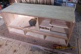 本体上置きの中棚が割れているため新しい桐板を入れ込み修理をしました。